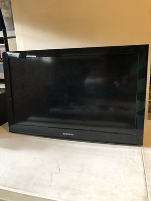 "32"" Samsung TV. Great Gaming TV. FREE for Sale in Chesapeake, VA"