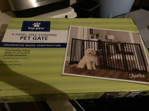 Top Paw 4-Panel Free Standing Pet Gate for Sale in San Antonio, TX