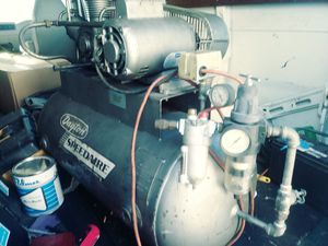 Speedaire compressor for Sale in Fort Lauderdale, FL