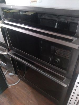NEW BLACK STAINLESS STEEL SAMSUNG WALL OVEN/MICROWAVE for Sale in La Habra, CA
