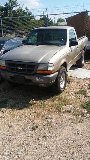 2000 Ford Ranger v6 for Sale in Austin, TX