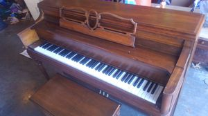 Piano 1981 Story & Clark for Sale in Waynesville, MO