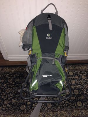 Deuter Kid Comfort hiking baby/toddler backpack for Sale in Chandler, AZ