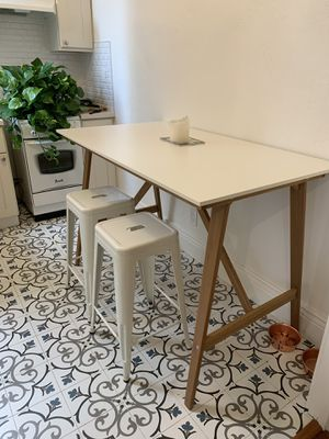 White Bar Height Kitchen Dining Table for Sale in San Francisco, CA