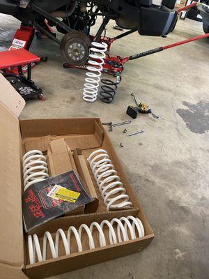"Rough Country 2.5"" lift kit Jeep Wrangler for Sale in Dunedin, FL"