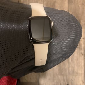 Series 5 Apple/Android Watch for Sale in Concord, VA
