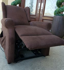 Beautiful & Most COMFORTABLE Electric Lift Wingback Dark Brown Recliner Reclining Armchair Accent Chair w/Footrest EXTENDER for Sale in Montebello,  CA