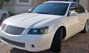 87K MIL.NissAN ALTIMA URGEN`T SALE* for Sale in Fort Wayne, IN