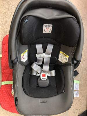 eg Perego Primo Viaggio 4/35 Infant Car Seat with base for Sale in Fontana, CA