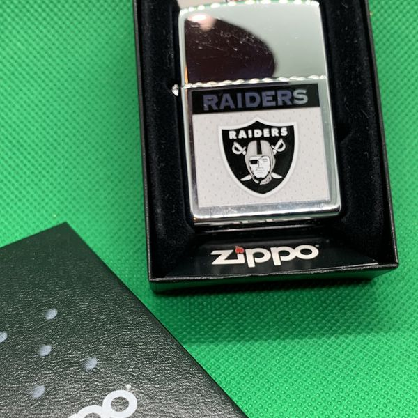 Zippo Lighter , Vintage NFL Raiders Design, New