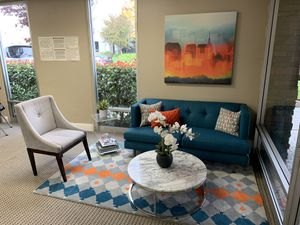 Complete living room set, willing to separate. for Sale in Pleasanton, CA