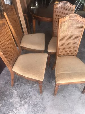 Dinning table set, table and 4 chairs for Sale in Norwalk, CA
