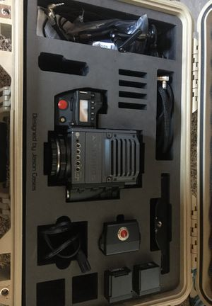 RED SCARLET MX 5K Cinema Camera (Full Package, Everything Included) for Sale in Monterey, CA