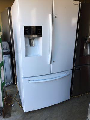 Samsum refrigerador for Sale in Livingston, CA