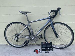 GIANT OCR3W Aluminum Body Bike for Sale in Zephyrhills, FL