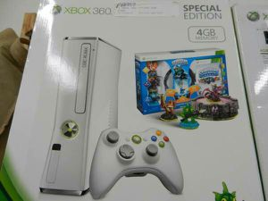 Microsoft XBOX 360 Game Console for Sale in Baltimore, MD
