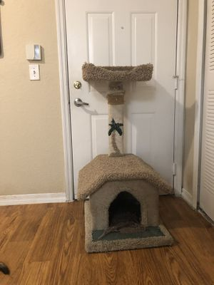 Cat treehouse for Sale in Tampa, FL
