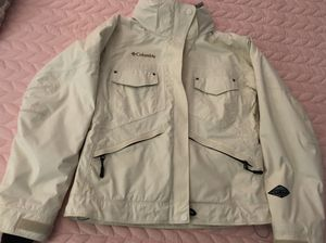 Women's matching Columbia Titanium ski jacket and pants for Sale in Melbourne, FL