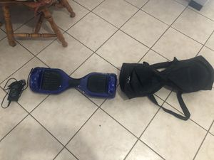 Hoverboard, Charger, and Case. for Sale in Miramar, FL