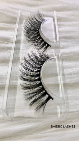 Beautiful Full Lash Strips for Sale in Claremont, CA