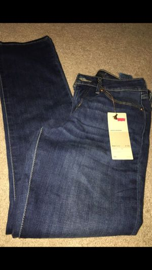 Levi's jeans for Sale in Cleveland, OH
