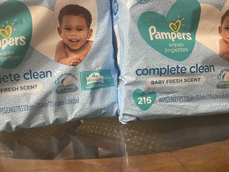 Pampers Wipes 3 Pack 216 Wipes for Sale in Fontana,  CA