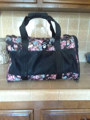 Dog or cat carrier for Sale in Spring Valley, CA