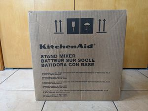 KitchenAid Artisan Mixer for Sale in Newington, CT