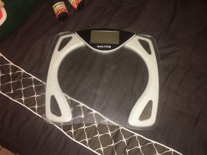 Bathroom scale for Sale in Fort Lauderdale, FL