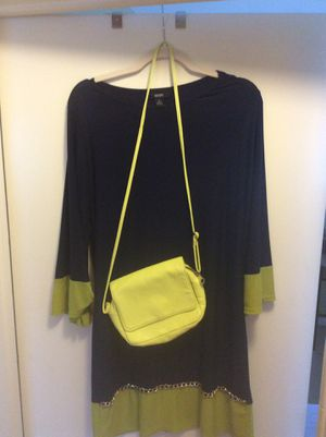 Dress with purse. Bundle Size Medium for Sale in Silver Spring, MD