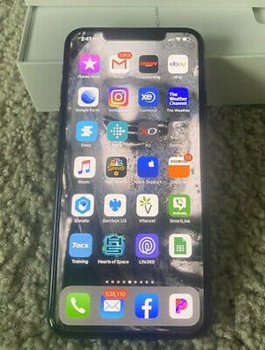 IPhone 11 pro max 512gb used for Sale in Winter Haven, FL