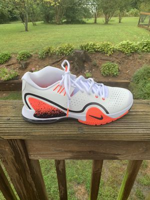 Men's Nike tennis shoes size 10 for Sale in King, NC