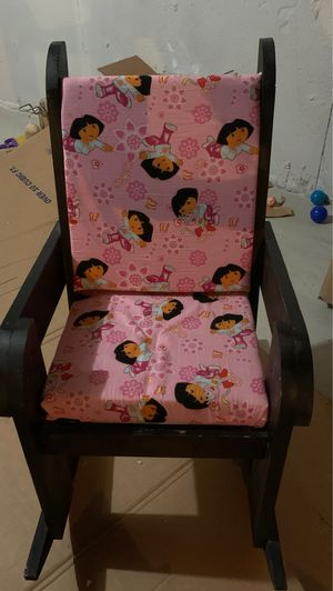 Kids Rocking Chair! for Sale in Canton, MI