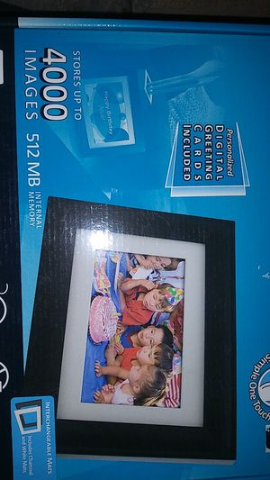 Digital Photo Frame for Sale in Woodhaven, MI