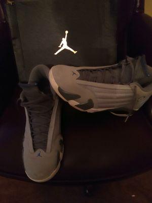 Jordan 14s wolf grey sz 12 for Sale in Rustburg, VA