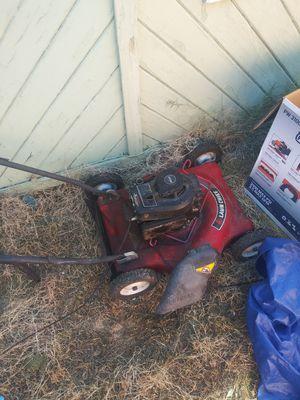 Lawnmower free for Sale in Stockton, CA