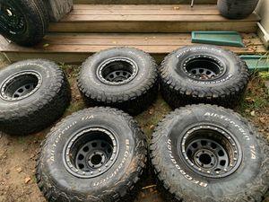 Wrangler TJ tires and rims 33x12.5x15 for Sale in Smyrna, GA