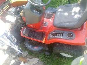 Scott 17 karate lawn mower for Sale in Fort Worth, TX