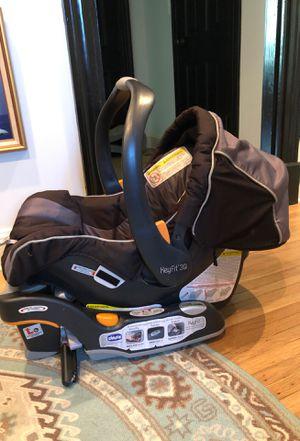 Chico Keyfit 30 Infant Car Seat w base for Sale in Nashville, TN