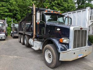 2008 peterbilt 365 triaxle dump truck for Sale in Newtown, CT