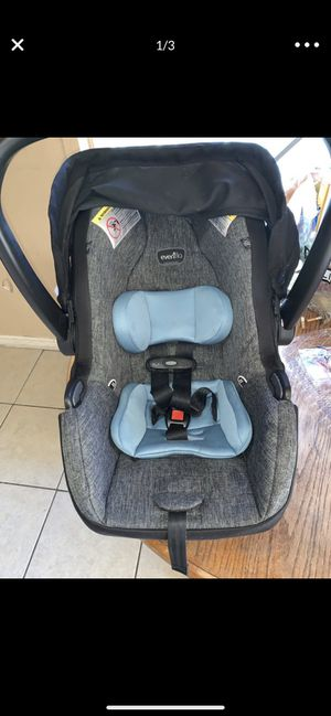 Evenflo car seat for Sale in Ceres, CA