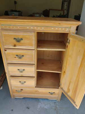 Dresser & Cabinet for Sale in Peoria, AZ