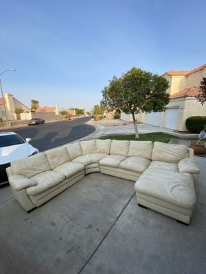 White sectional leather couch for Sale in Las Vegas, NV