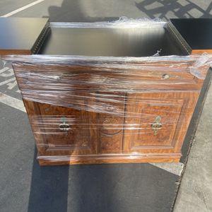 Server for Sale in Newport Beach, CA