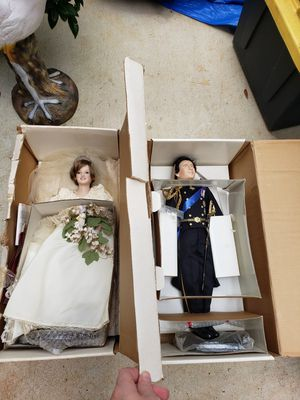 Danbury Mint princess Diana bride doll and Prince Charles bridegroom doll for Sale in Greenville, SC