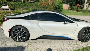 2015 BMW i8 Giga $30000 for Sale in Huntington Beach, CA