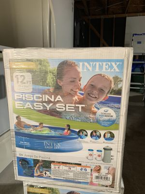 *BRAND NEW* INTEX 12ft x 30 IN EASY SET ABOVE GROUND POOL WITH FILTER PUMP 12x30 for Sale in Houston, TX
