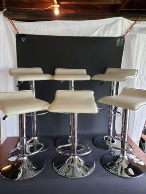 Bar stools for Sale in Fond du Lac, WI
