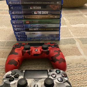 12 PS4 Games 2 Controllers for Sale in Fort Lauderdale, FL
