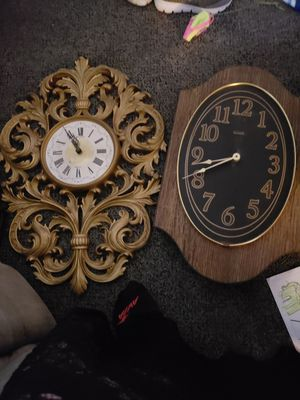 2 antique clocks for Sale in Essex, MD